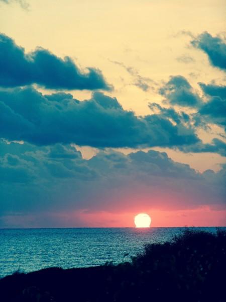 sunset-1075612_1920